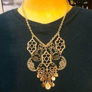 Delicate filigree gold tone necklace